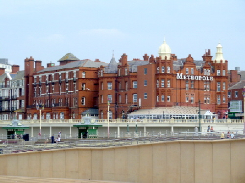 Blackpool Metropole Hotel and Beach